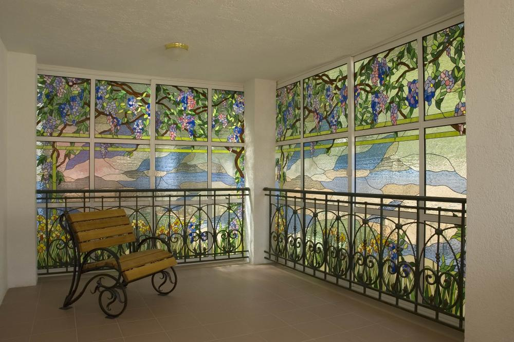 Витражные окна в стиле Тиффани