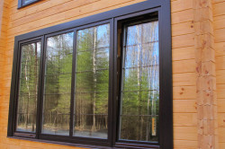 Алюминиевые окна в доме
