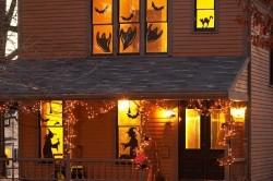 Пример тематических наклеек на окна к Хэллоуину