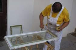Окрашивание деревянной рамы