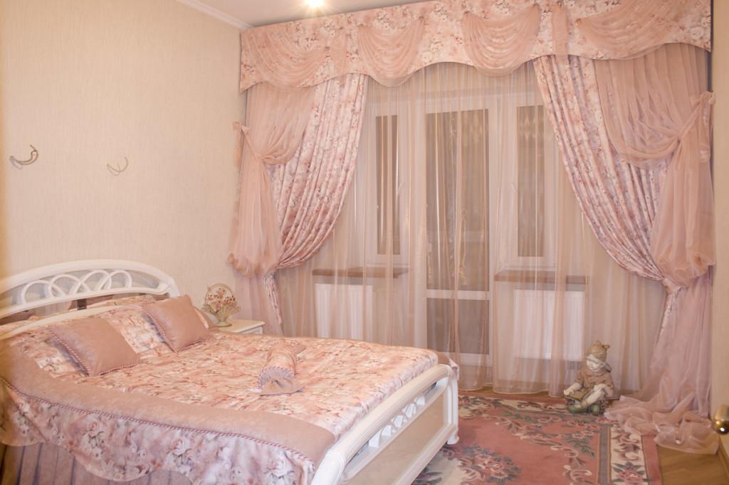Пример штор в спальной комнате