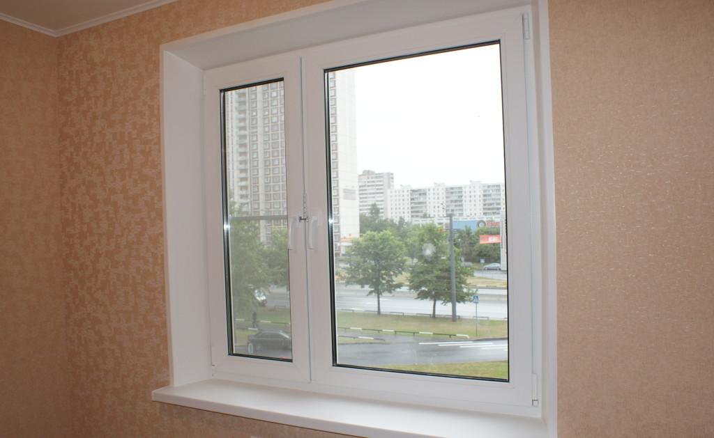 Окно с откосами