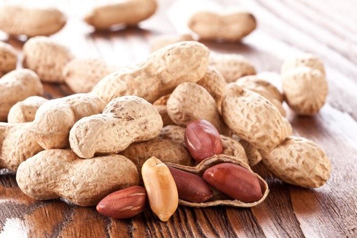 Польза и вред орехов арахиса