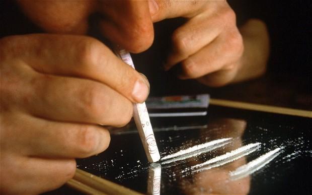 Вдыхание кокаина